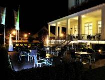 """Außenterrasse """"Burgsee-Lounge"""""""