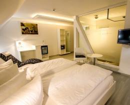 Doppelzimmer Mondrian