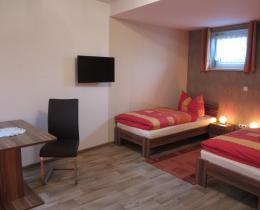 Doppelzimmer/ Wohnung 5