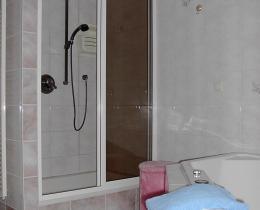 Dusche -Ferienhaus Mey - Ferienwohnung - Urlaub - Kur - Bad Salzungen